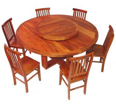 Mesa com 6 cadeiras em madeira de demolição